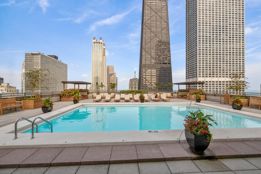 Real Estate Photography - 777 N Michigan Ave, 2506, Chicago, IL, 60611 - Pool and Sundeck
