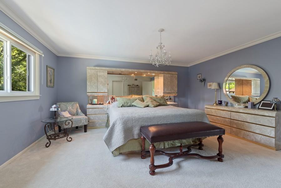 Real Estate Photography - 552 Hunter, Wilmette, IL, 60091 - Master Bedroom