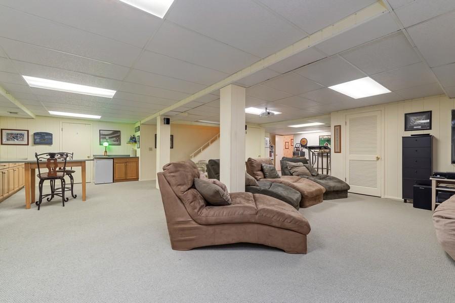 Real Estate Photography - 552 Hunter, Wilmette, IL, 60091 - Recreation Room