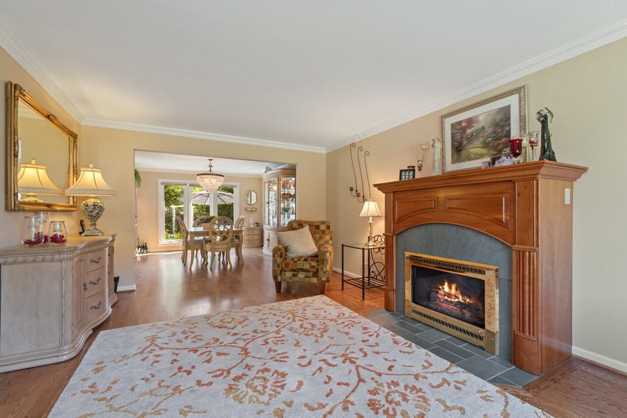 Real Estate Photography - 552 Hunter, Wilmette, IL, 60091 - Living Room / Dining Room