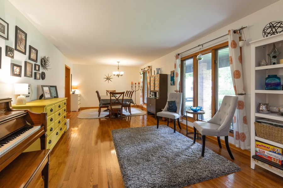 Real Estate Photography - 11357 W Leland, Beach Park, IL, 60099 - Living Room