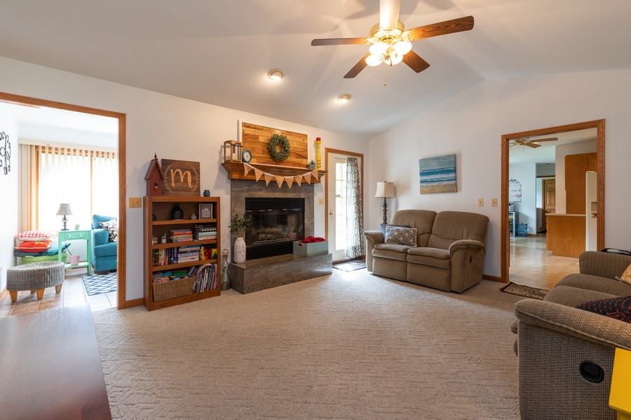 Real Estate Photography - 11357 W Leland, Beach Park, IL, 60099 - Family Room