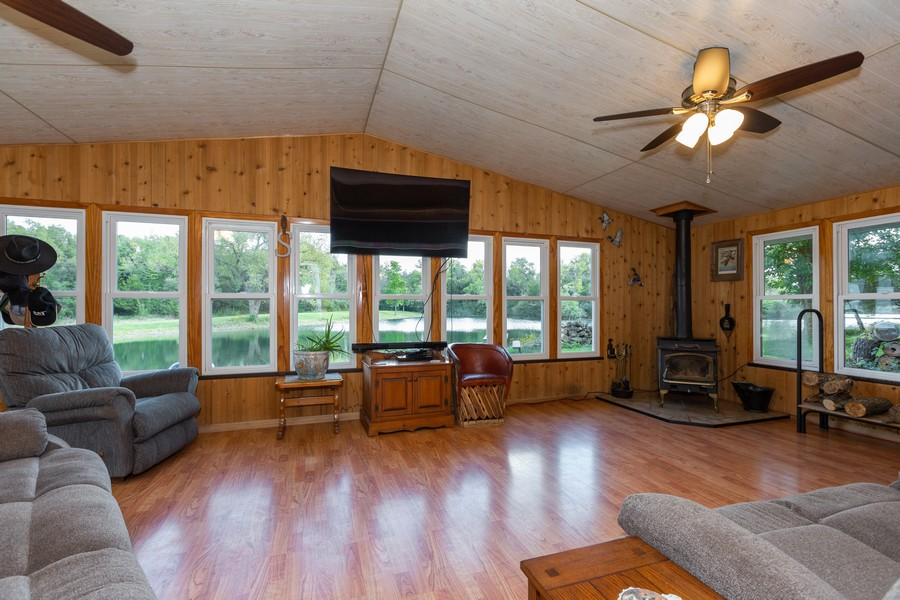 Real Estate Photography - 32749 S State Route 53, Wilmington, IL, 60481 - Sun Room