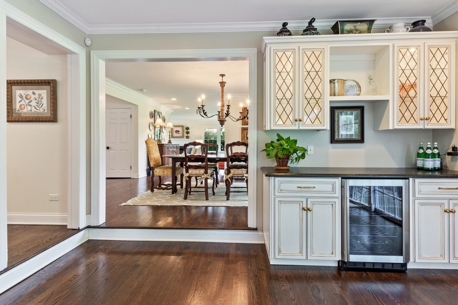 Real Estate Photography - 314 Otis Rd, Barrington, IL, 60010 - Family Room