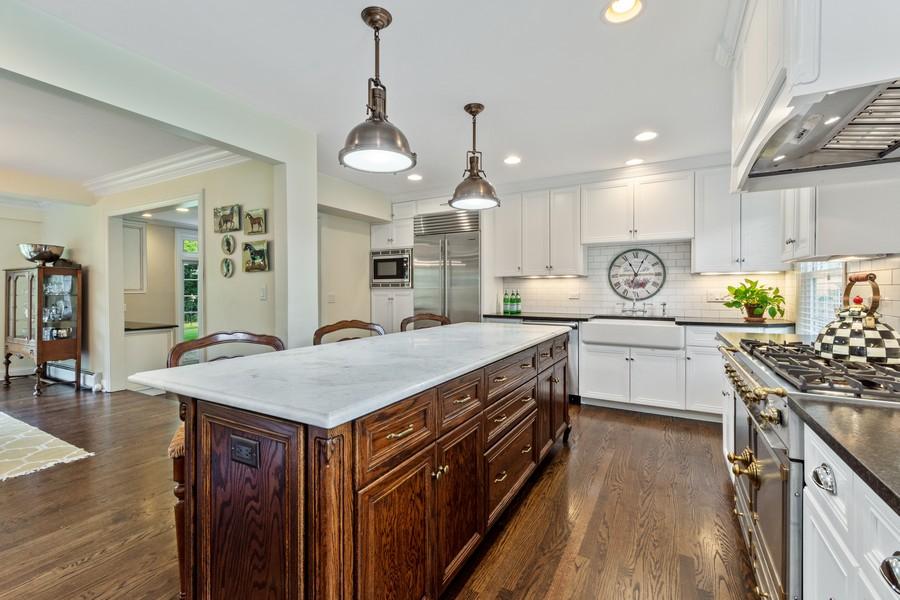 Real Estate Photography - 314 Otis Rd, Barrington, IL, 60010 - Kitchen