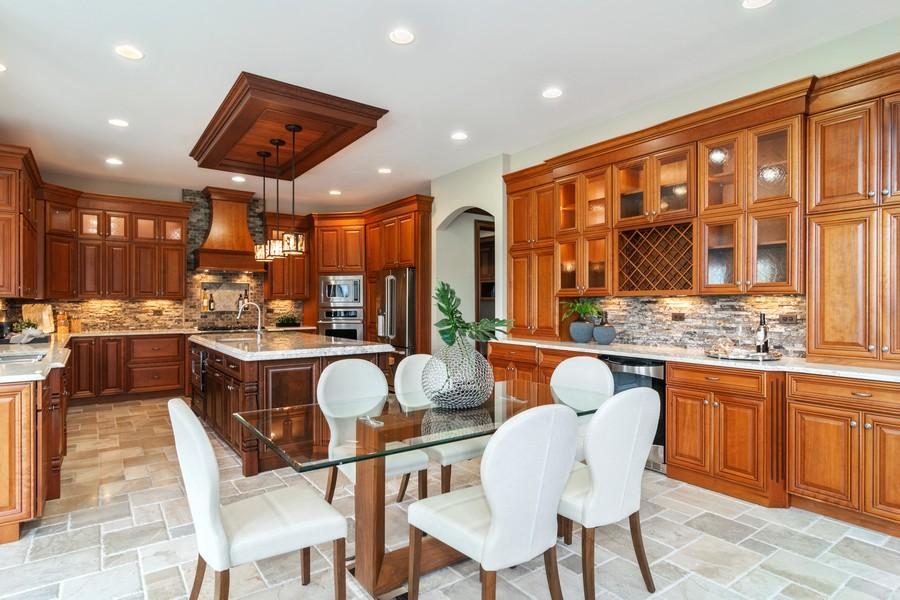 Real Estate Photography - 1335 Calcutta Ln, Naperville, IL, 60563 - Kitchen & Casual Dining