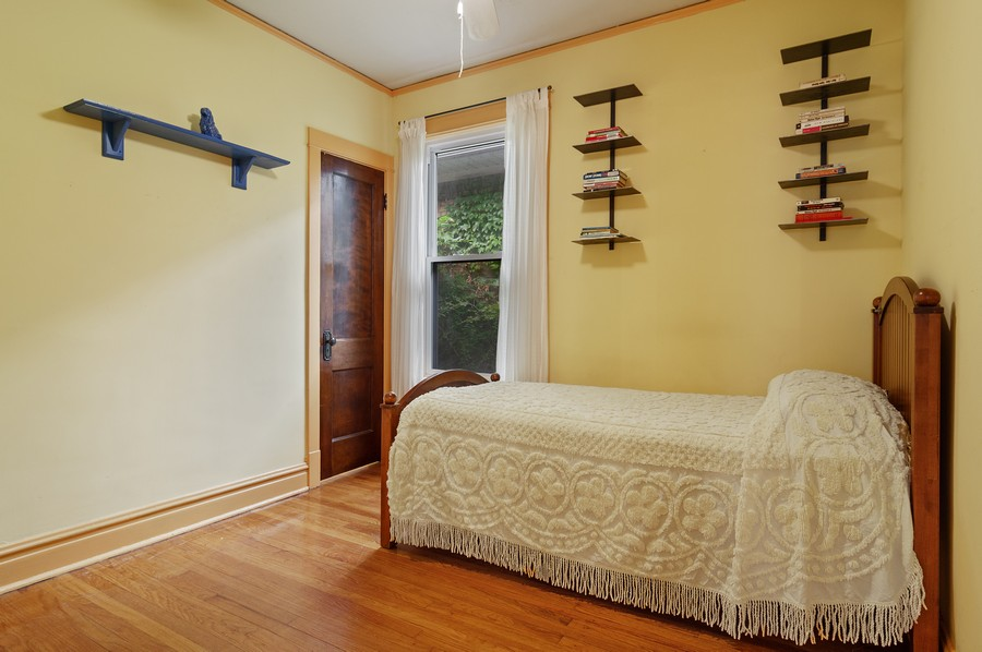 Real Estate Photography - 5029 N Sawyer Ave, Chicago, IL, 60625 - 2nd Bedroom