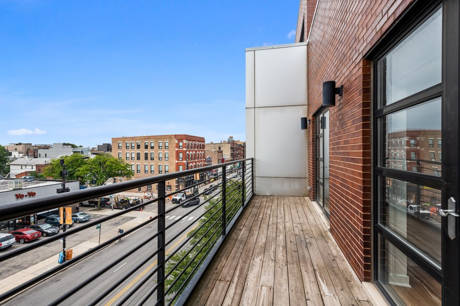 Real Estate Photography - 808 N Greenview, Unit 4C, Chicago, IL, 60642 - Balcony
