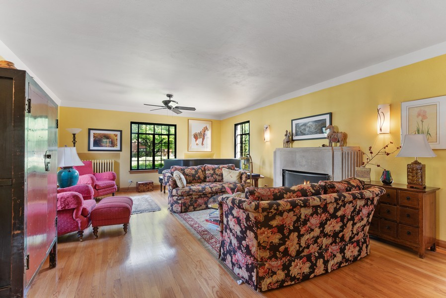 Real Estate Photography - 3545 Golf Rd, Evanston, IL, 60203 - Living Room
