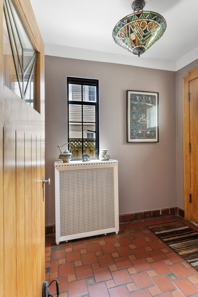 Real Estate Photography - 3545 Golf Rd, Evanston, IL, 60203 - Entryway