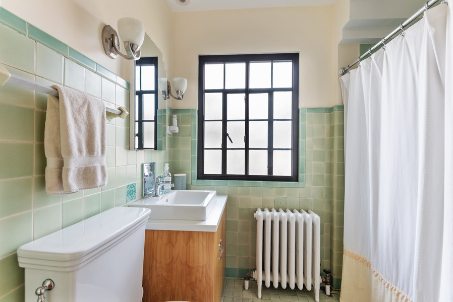 Real Estate Photography - 3545 Golf Rd, Evanston, IL, 60203 - 2nd Bathroom