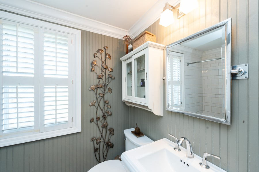 Real Estate Photography - 8910 Roland Dr, Barrington, IL, 60010 - 2nd Bathroom