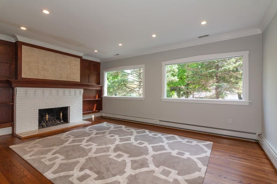 Real Estate Photography - 412 S Riverside Drive, Villa Park, IL, 60181 - Living Room