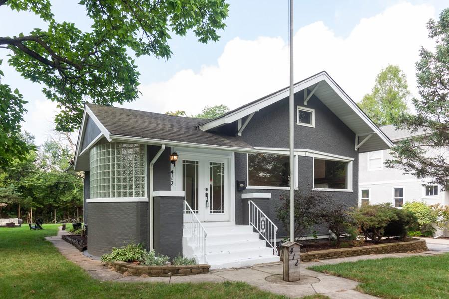Real Estate Photography - 412 S Riverside Drive, Villa Park, IL, 60181 - Front View