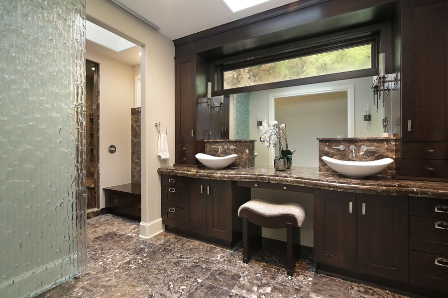 Real Estate Photography - 2350 White Oak Drive, Northbrook, IL, 60062 - Master Suite Spa Bathroom