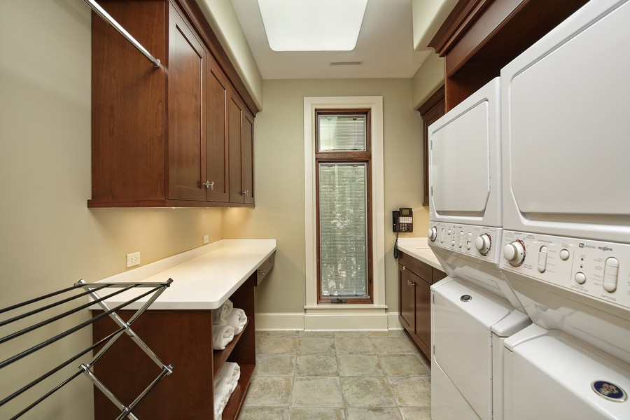 Real Estate Photography - 2350 White Oak Drive, Northbrook, IL, 60062 - Laundry Room