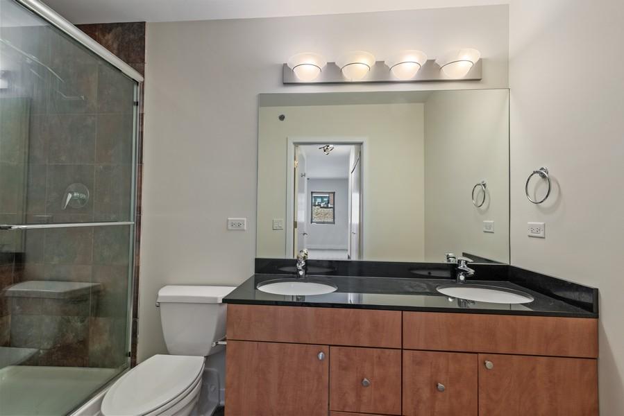 Real Estate Photography - 2303 S Michian, Chicago, IL, 60616 - Master Bathroom