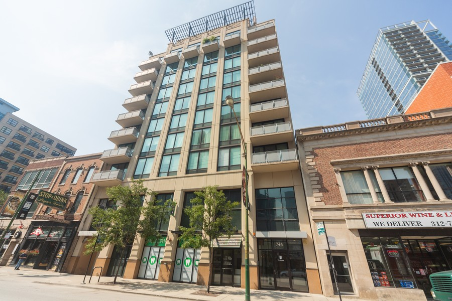 Real Estate Photography - 744 N Clark St., Unit 601, Chicago, IL, 60654 - Front View