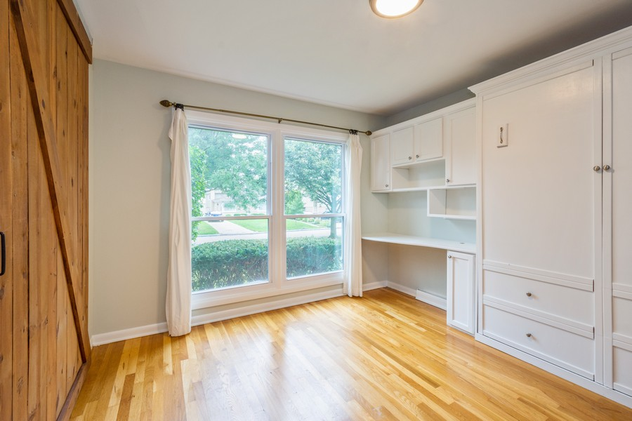 Real Estate Photography - 1326 S Dunton, Arlington Heights, IL, 60005 - 2nd Bedroom