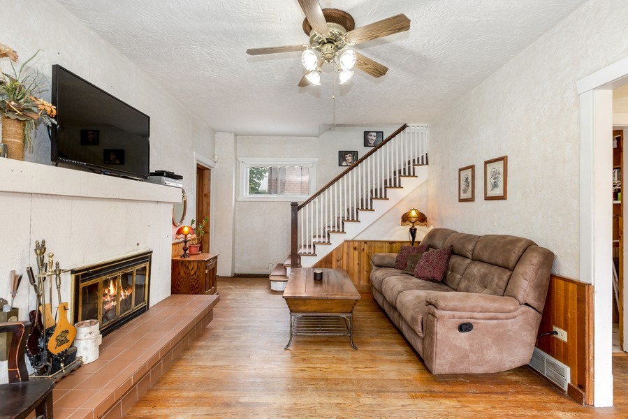 Real Estate Photography - 1320 Dolo Rosa Vista, Crystal Lake, IL, 60014 - Family Room