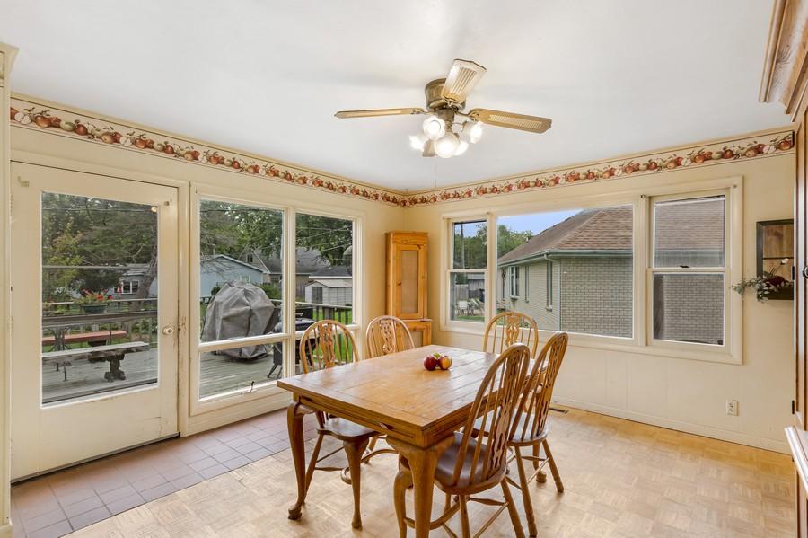 Real Estate Photography - 1320 Dolo Rosa Vista, Crystal Lake, IL, 60014 - Breakfast Area