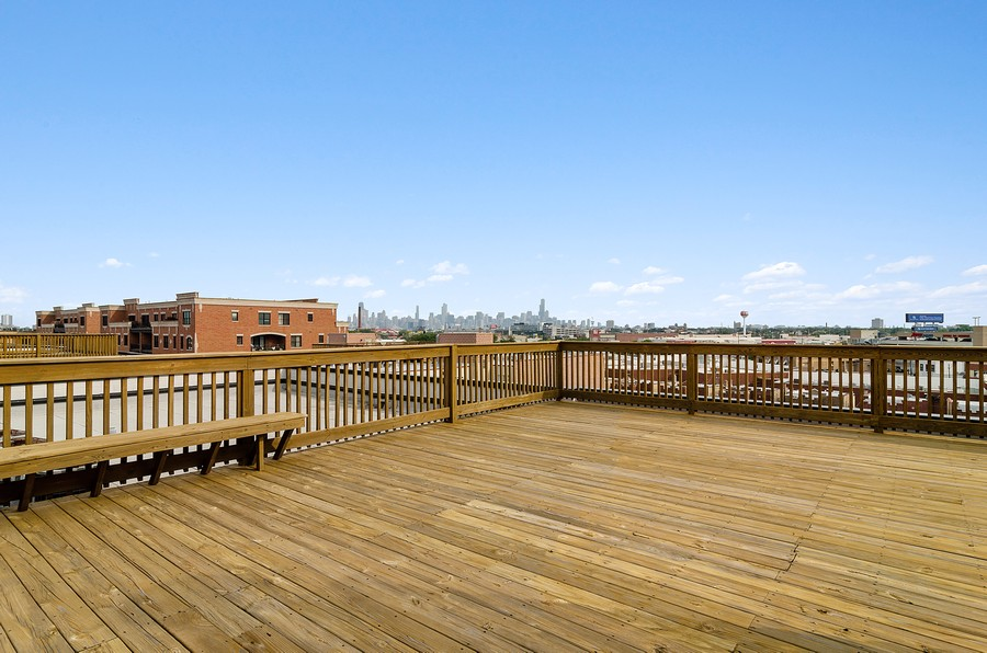 Real Estate Photography - 2317 W. Wolfram #513, Chicago, IL, 60618 - Roof Deck