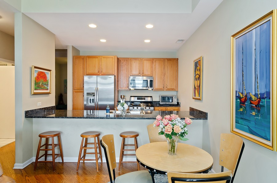 Real Estate Photography - 2317 W. Wolfram #513, Chicago, IL, 60618 - Kitchen