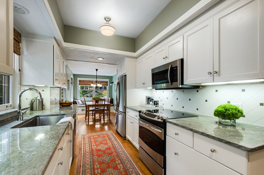 Real Estate Photography - 2749 Woodbine Avenue, Evanston, IL, 60201 - Kitchen / Breakfast Room