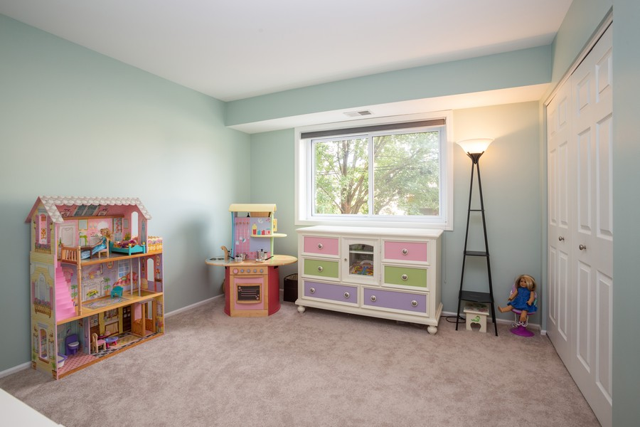 Real Estate Photography - 100 S. Vail Ave, Unit 105, Arlington Heights, IL, 60005 - 2nd Bedroom