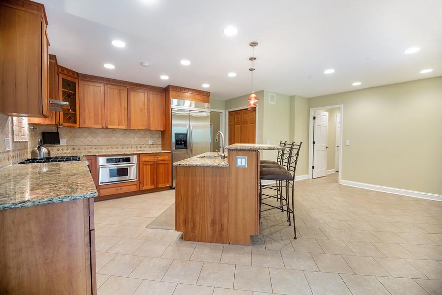 Real Estate Photography - 3 Sara Lane, Barrington, IL, 60010 - Kitchen