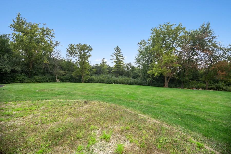 Real Estate Photography - 3 Sara Lane, Barrington, IL, 60010 - Back Yard