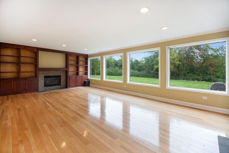 Real Estate Photography - 3 Sara Lane, Barrington, IL, 60010 - Family Room