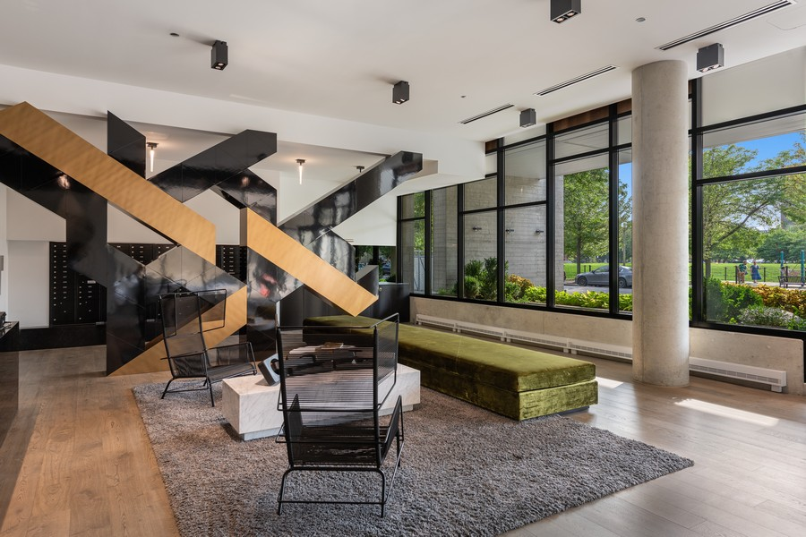 Real Estate Photography - 111 S Peoria St, Chicago, IL, 60607 - Lobby