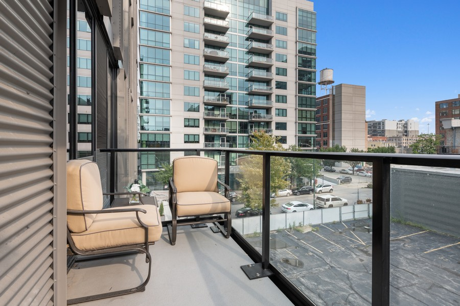 Real Estate Photography - 111 S Peoria St, Chicago, IL, 60607 - Balcony