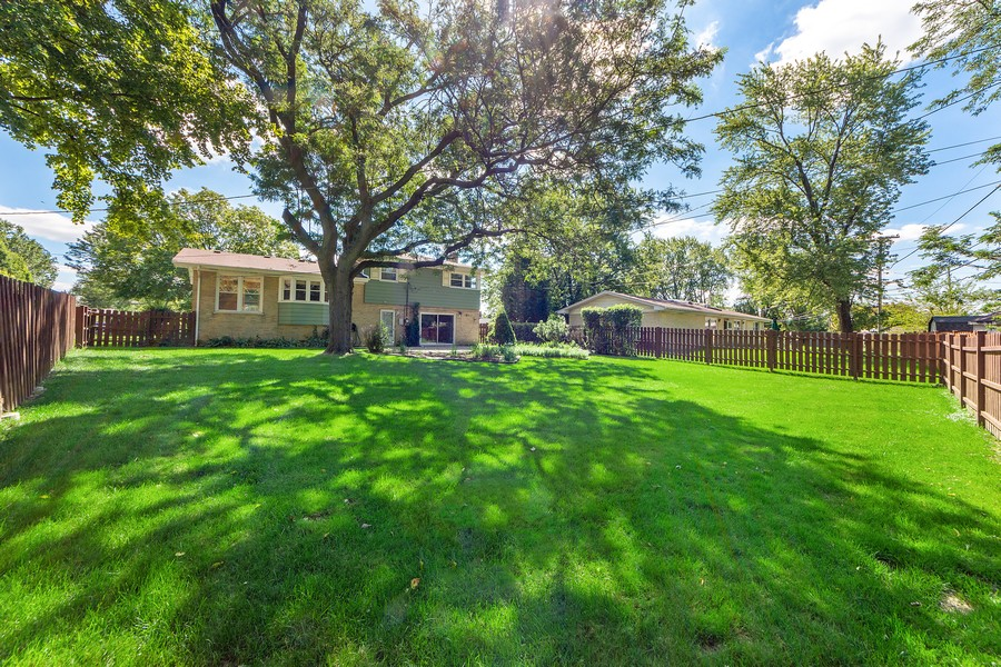 Real Estate Photography - 1912 N Spruce Terrace, Arlington Heights, IL, 60004 - Rear View