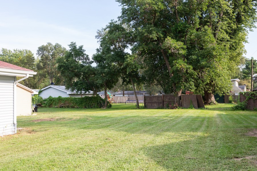 Real Estate Photography - 405 Bass Street, Wilmington, IL, 60481 - Back Yard