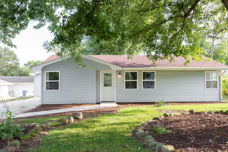 Real Estate Photography - 405 Bass Street, Wilmington, IL, 60481 - Front View