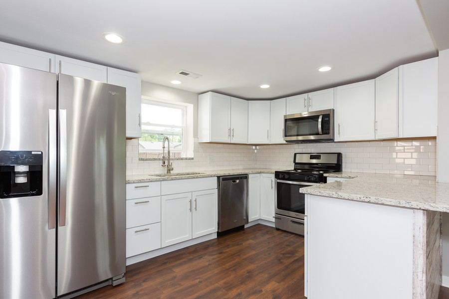 Real Estate Photography - 405 Bass Street, Wilmington, IL, 60481 - Kitchen