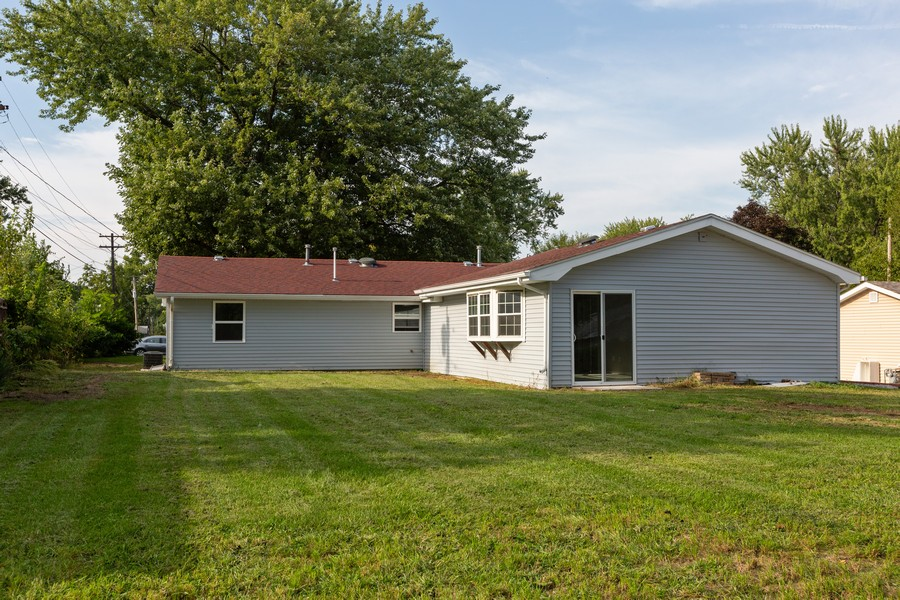 Real Estate Photography - 405 Bass Street, Wilmington, IL, 60481 - Rear View