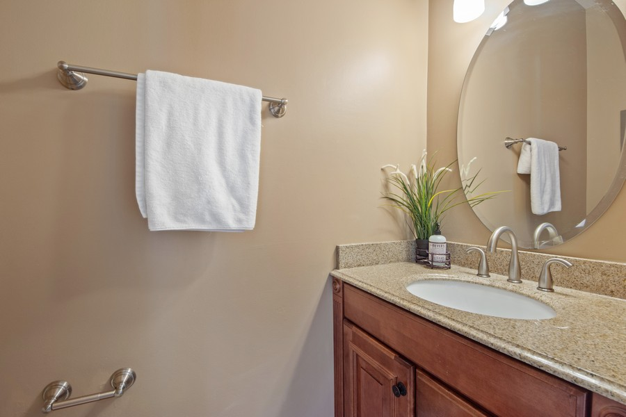 Real Estate Photography - 211 Buckingham Ct, Grayslake, IL, 60048 - Powder Room
