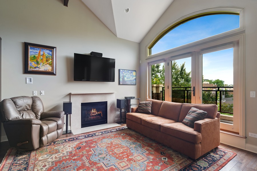 Real Estate Photography - 1505 W. Walton, #3, Chicago, IL, 60622 - Living Room