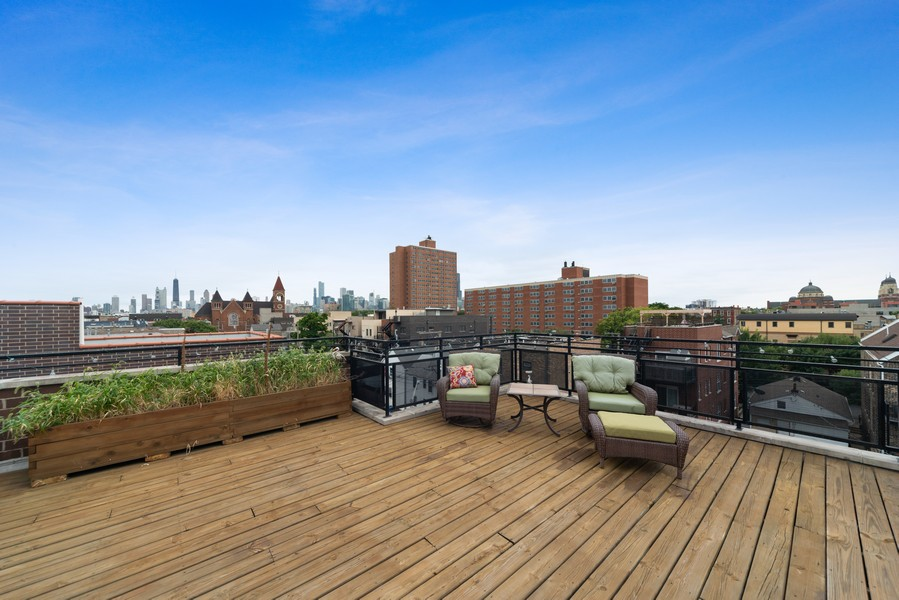 Real Estate Photography - 1505 W. Walton, #3, Chicago, IL, 60622 - Private Roof Deck