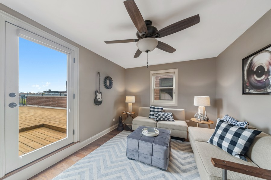 Real Estate Photography - 1505 W. Walton, #3, Chicago, IL, 60622 - Family Room