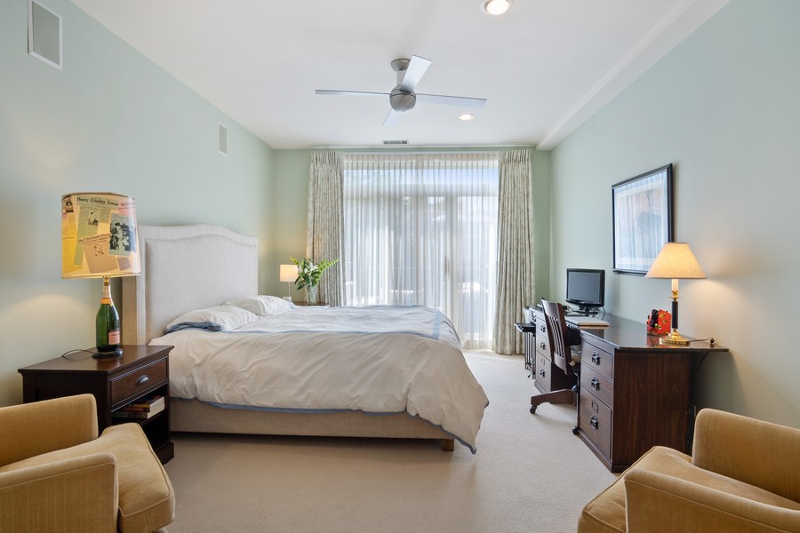Real Estate Photography - 1414 N Wells St, Apt 311, Chicago, IL, 60610 - Master Bedroom