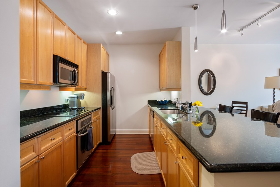 Real Estate Photography - 1414 N Wells St, Apt 311, Chicago, IL, 60610 - Kitchen
