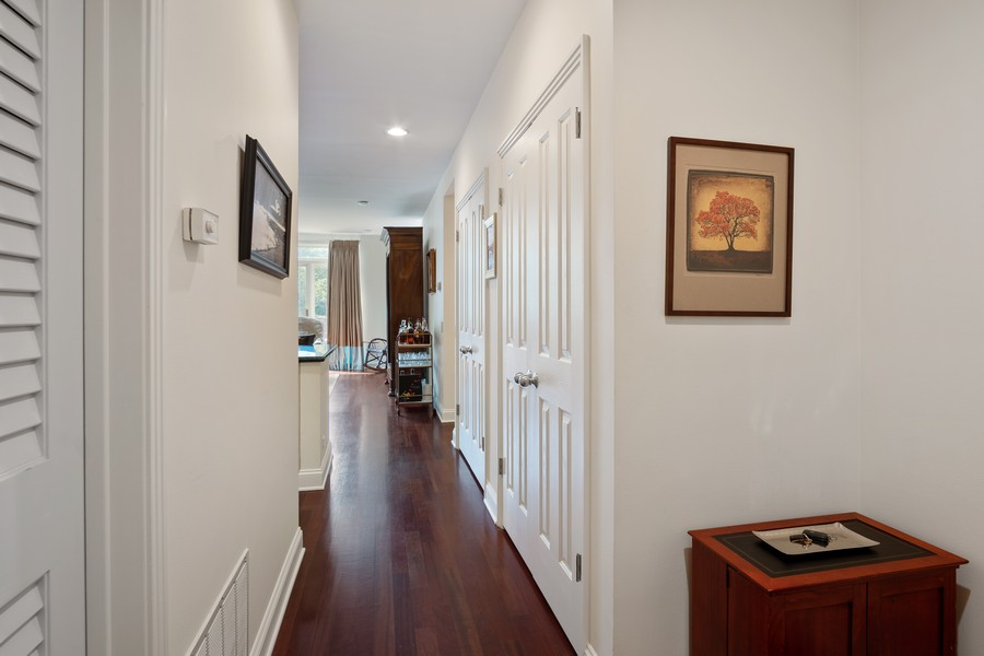 Real Estate Photography - 1414 N Wells St, Apt 311, Chicago, IL, 60610 - Hallway