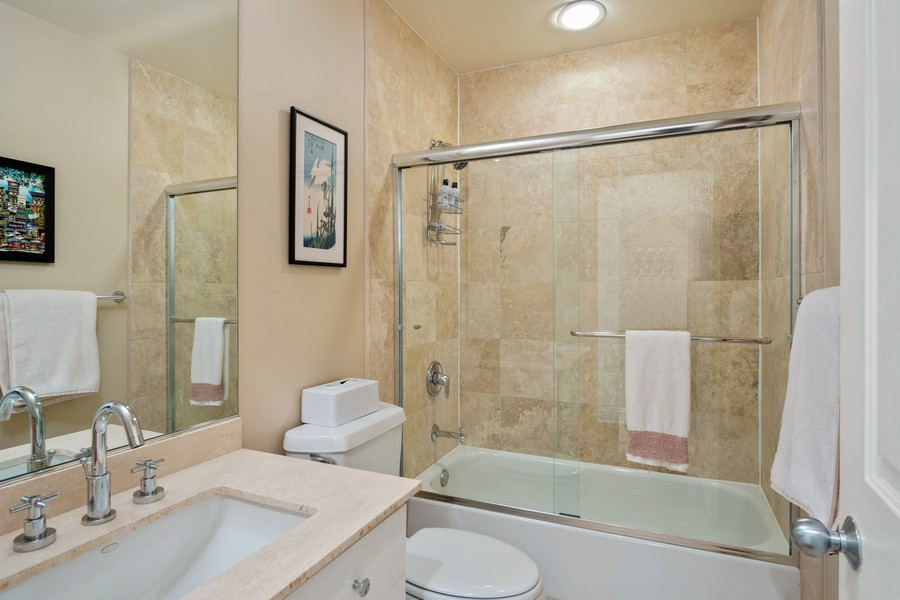 Real Estate Photography - 1414 N Wells St, Apt 311, Chicago, IL, 60610 - Bathroom