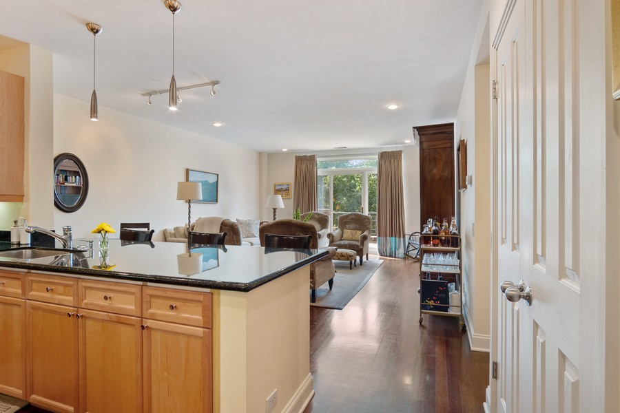Real Estate Photography - 1414 N Wells St, Apt 311, Chicago, IL, 60610 - Kitchen / Living Room