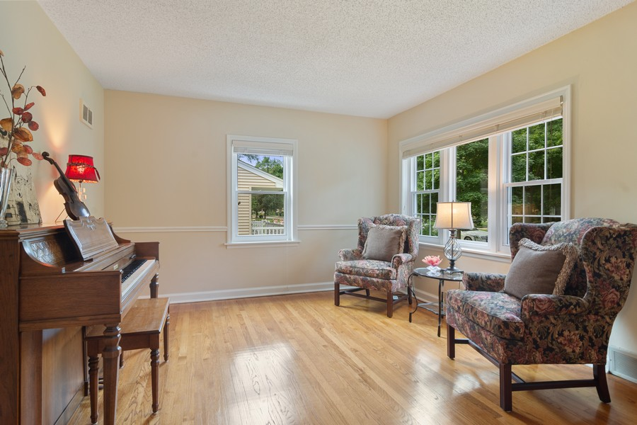 Real Estate Photography - 713 N Hickory, Arlington Heights, IL, 60004 - Living Room