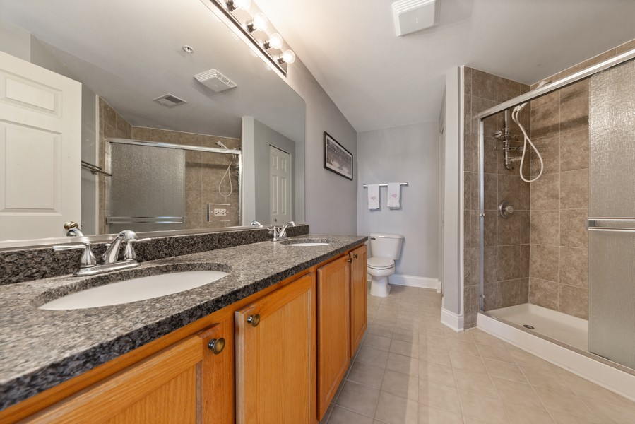 Real Estate Photography - 0S099 Lee Court, unit 409, Winfield, IL, 60190 - Master Bathroom